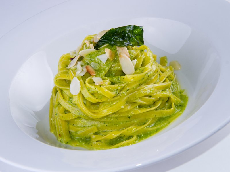 Fettuccine with romanesco zucchini pesto - Brut sparkling wine di bellone Classic method - Cincinnato